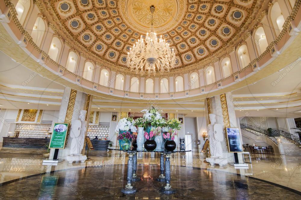 نمونه عکس معماری داخلی با نورپردازی زیبا